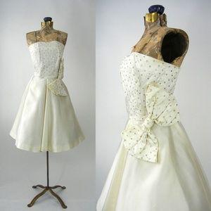 Vintage 1950s Ivory Cream Satin Dress